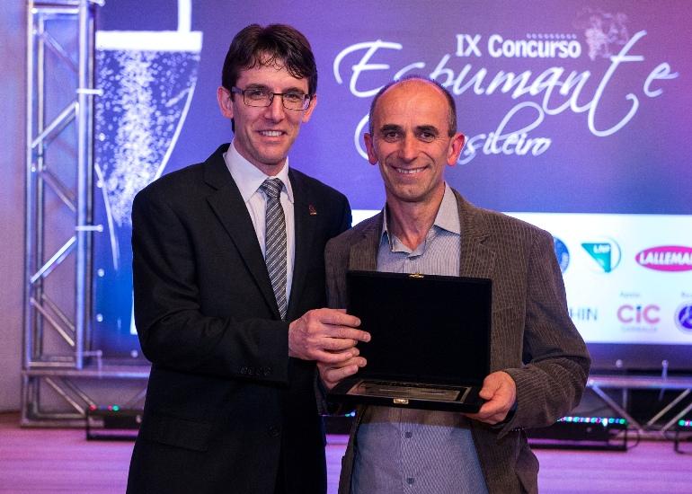 Cooperativa Vinícola Garibaldi recebe prêmios no Concurso do Espumante Fino Brasileiro