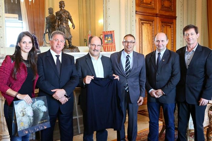 Comitiva convida governador para o 27º Festimalha