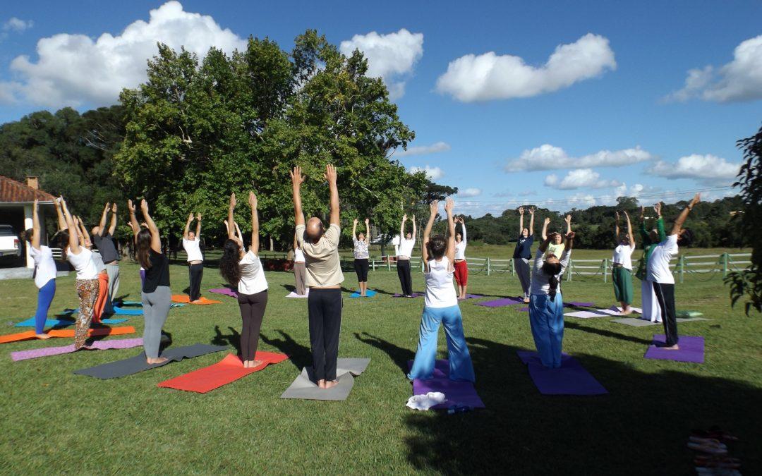 Centro Satyadhara promove Semana Especial de Yoga para todos